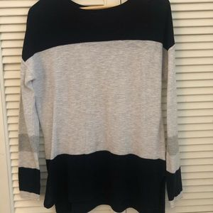 Sweaters - Vince top